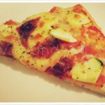 #HoyCenamos Pizza con calabacín & salchichón