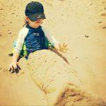 #MiercolesMudo #13 #MM Cuando el papá se encarga de proteger al niño del sol