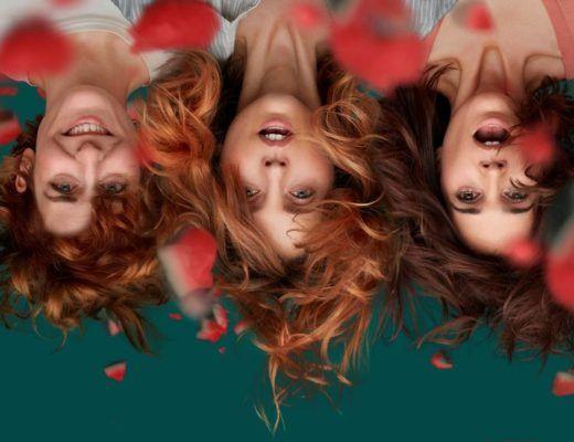 primer plano de las 3 protagonistas de la serie vida perfecta, sonriendo. Foto boca abajo.