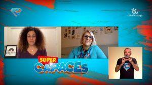 Geraldine de Criando 24/7, Ana de Supercapaces y el intérprete de Lengua de Signos, pantallazo del programa de TV supercapaces de canal malága TV