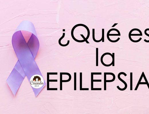 lazo morado con el logo de Criando 24/7 y el texto ¿qué es la epilepsia?
