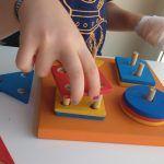Trabajando la motricidad fina de la mano afectada: + 120 Juegos, juguetes y materiales para peques con hemiparesia o PBO